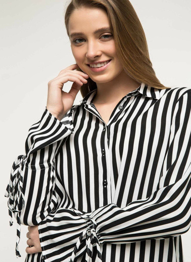 DeFacto Kolları Bağcık Detaylı Çizgili Gömlek Siyah
